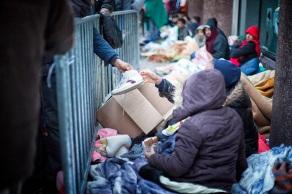 10228refugees_parc_maximilien_bxl150911sh9333